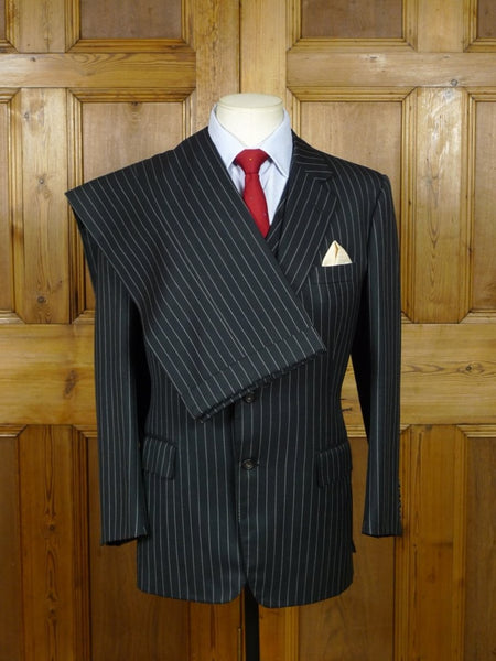 19/0431 vintage 1995 henry poole savile row bespoke charcoal grey rope-stripe 3-piece suit 36 short