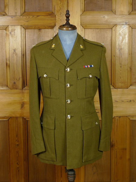 19/0490 vintage savile row tailored army officer's green tunic jacket w/ lacings and buttons 38-39 regular