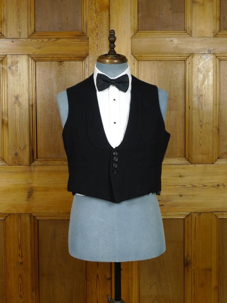 19/0501 genuine 1930s vintage black shawl evening waistcoat 38-41 short