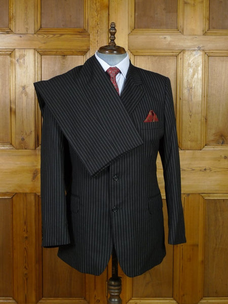19/0541 crombie black link-stripe wool & cashmere suit w/ burgundy linings 42 regular