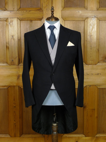 19/0593 vintage 1965 huntsman savile row  bespoke black wool morning coat 41-42 regular