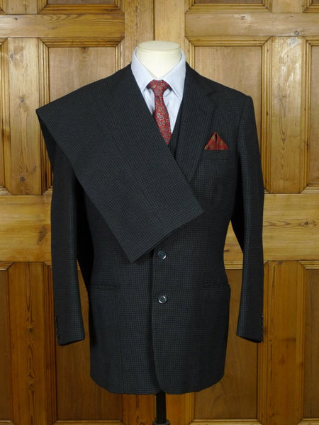 19/0595 superb 1961 vintage savile row bespoke black / grey check worsted twist 3-piece suit 38 regular