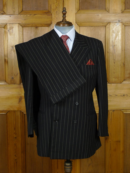 19/1018 vintage 1973 huntsman savile row bespoke heavyweight black rope-stripe d/b worsted suit 44 short to regular