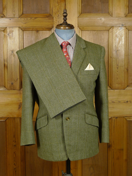 19/0830 immaculate scottish bespoke tailored green windowpane check tweed suit 40 short