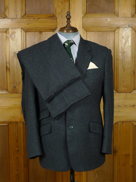 19/0836 custom tailored earth green tweed suit w/ 2 pair trs 43 short