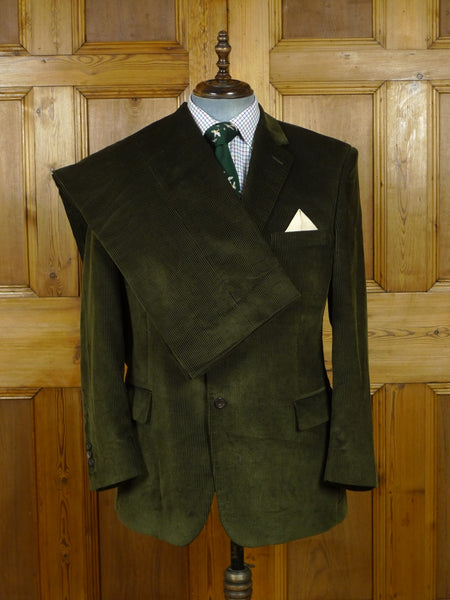 19/0851 immaculate ede & ravenscroft green corduroy 2-piece suit (rrp £700) 44 regular