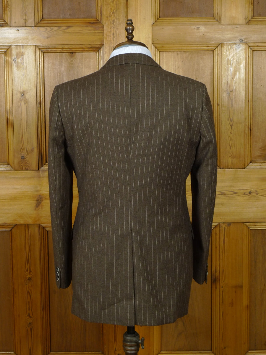 19/0909 immaculate vintage 1960s 1970s british wool mix brown pin-stripe 3-piece suit 39  regular