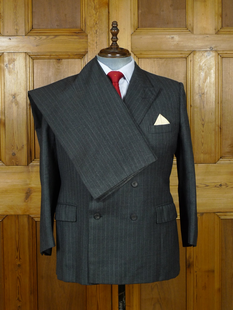 19/0913 vintage bespoke tailor canvassed grey rope-stripe heavyweight worsted d/b suit 44 short
