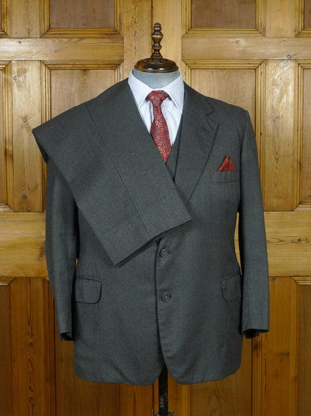 19/0938 vintage 1970 city of london bespoke canvassed grey worsted 3-piece suit 44 short