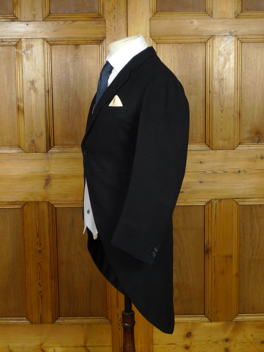 19/0932 genuine 1930s 1940s vintage bespoke canvassed black wool morning coat 35 short