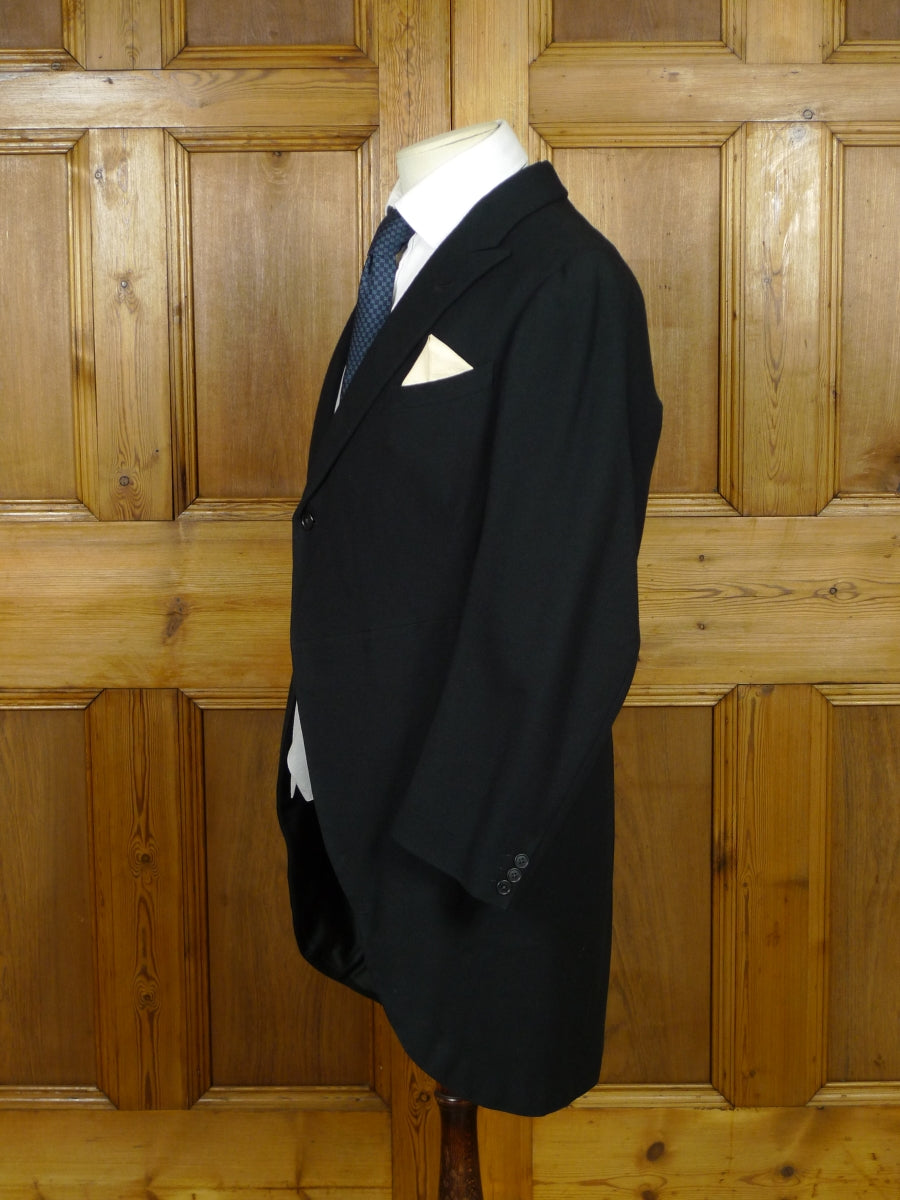 19/0929 genuine 1930s 1940s vintage bespoke canvassed black wool morning coat 37 short