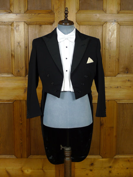 19/0982 vintage 1963 savile row bespoke black barathea / grosgrain silk evening tailcoat 40 short