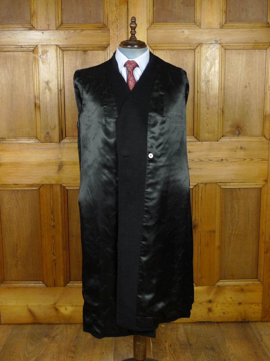 19/0943 stunning cyril a castle savile row bespoke black cashmere coat 41-42 short