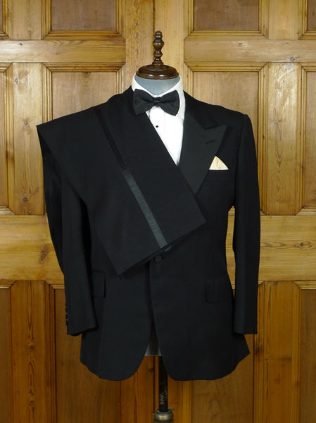 19/0974 vintage benson & clegg savile row bespoke black superfine worsted / grosgrain silk dinner suit 42-43 short