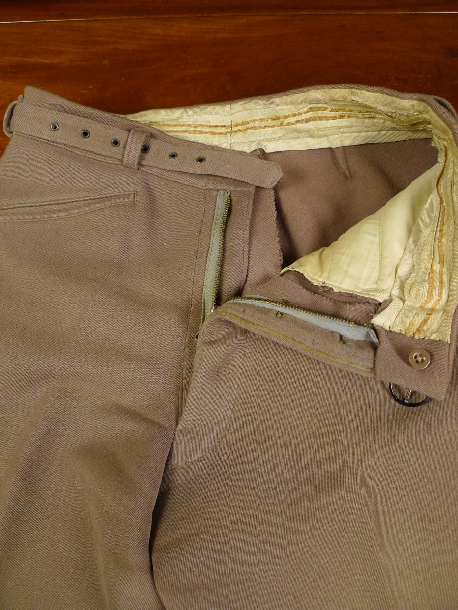 19/0999 WONDERFUL 1960S VINTAGE EXTRA HEAVYWEIGHT FAWN CAVALRY TWILL TROUSER W/ MATCHING BELT 30