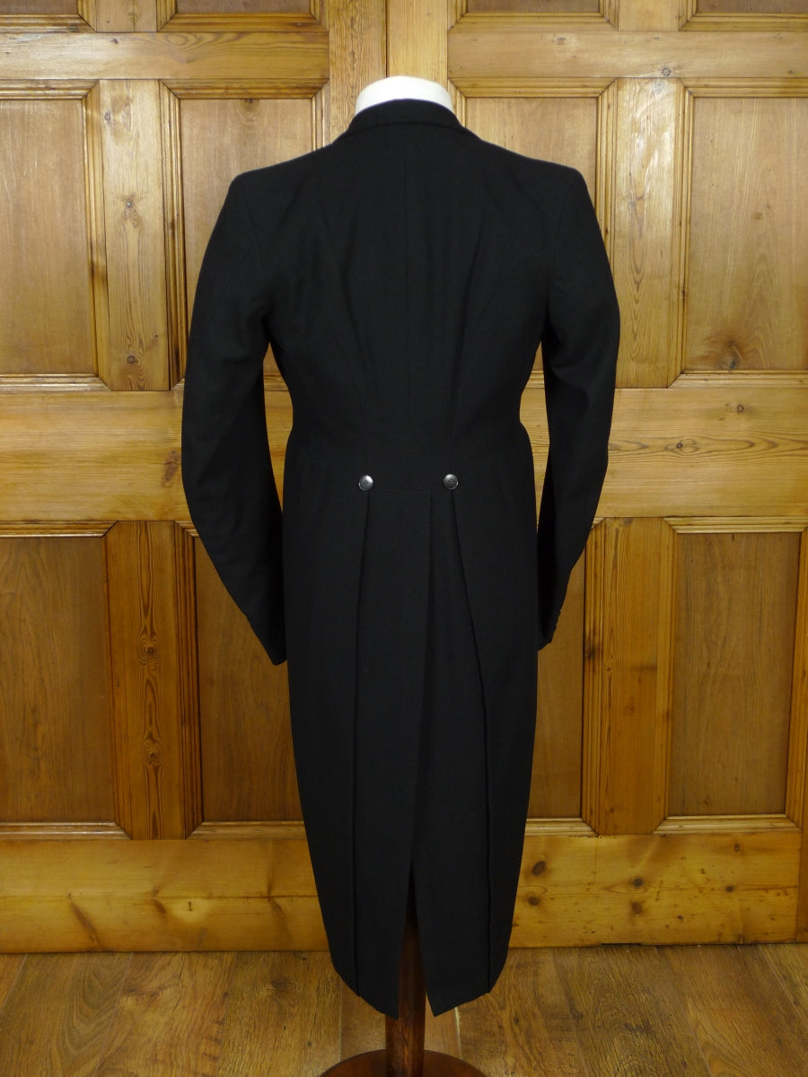 19/1107 vintage 1940s 1950s canvassed black herringbone worsted morning coat 36 long