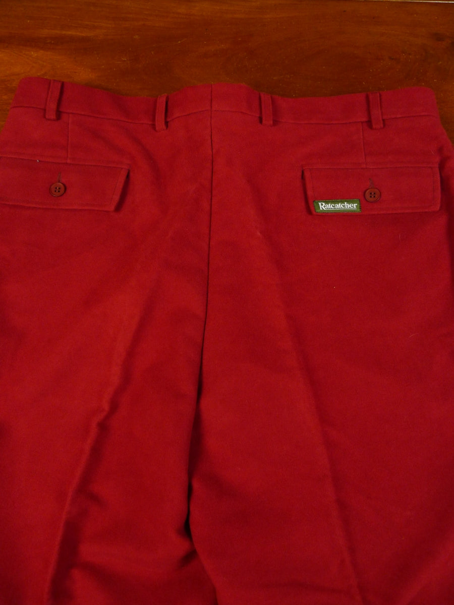 19/1198 immaculate ratcatcher heavyweight wine red moleskin country trouser 38