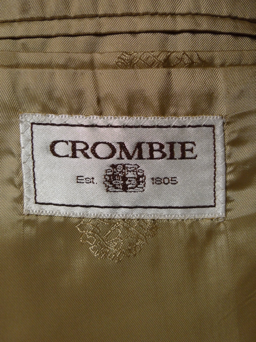 19/1318 crombie lightweight beige wool summer / travel suit 46 regular