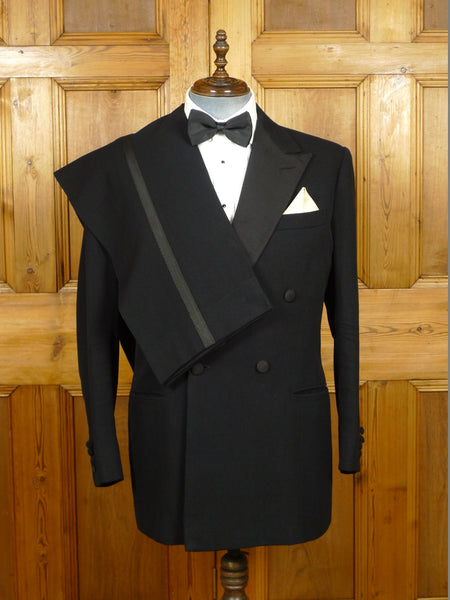 19/1433 superb welsh & jefferies 1996 bespoke black barathea / grosgrain silk dj suit w/ contrast linings 45 regular