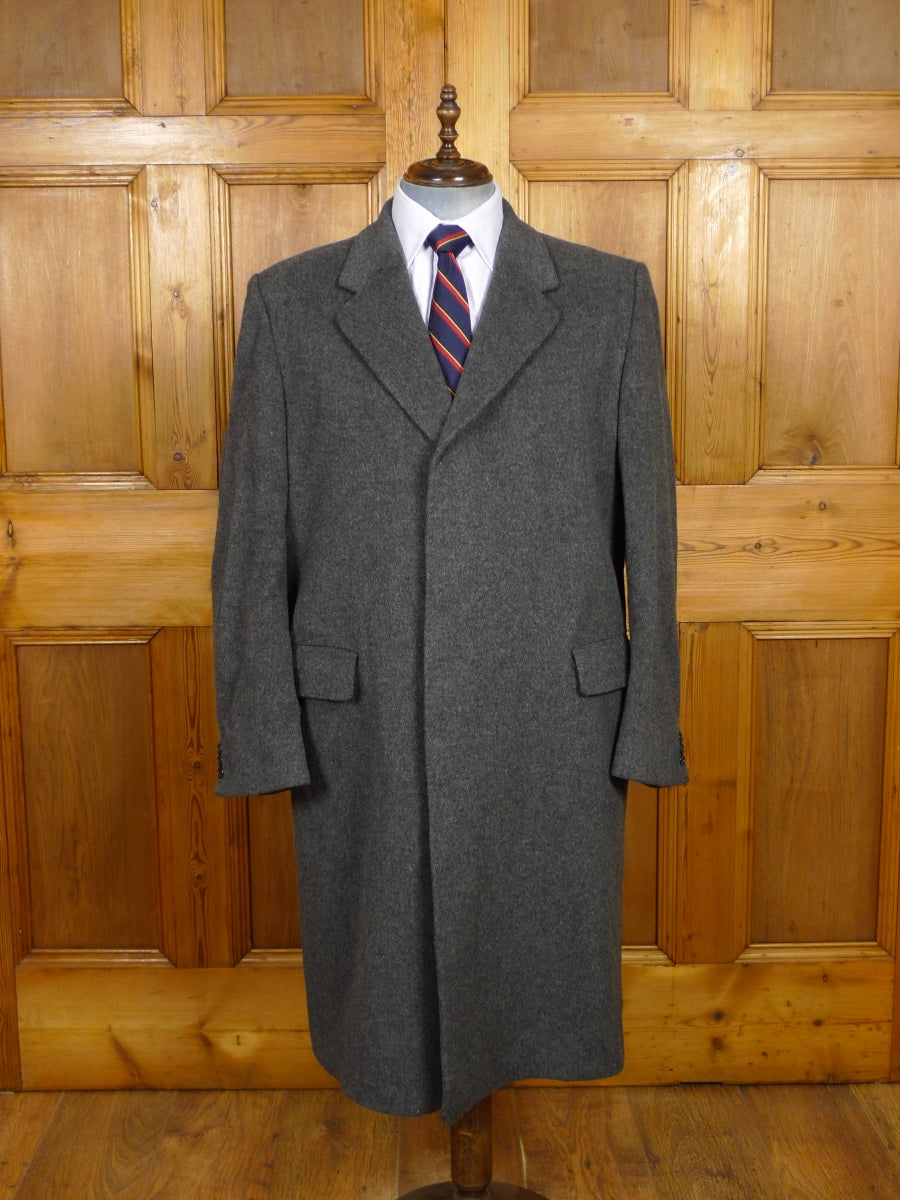 19/1562 near immaculate vintage grey crombie wool overcoat 46 regular