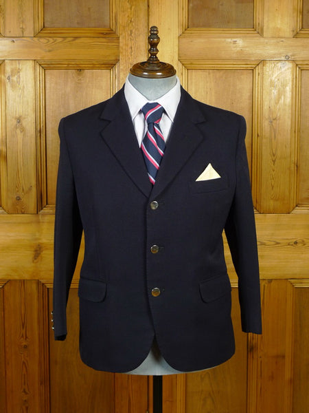 19/1656 vintage canvassed heavyweight navy blue worsted blazer w/ silver buttons 39-40 short