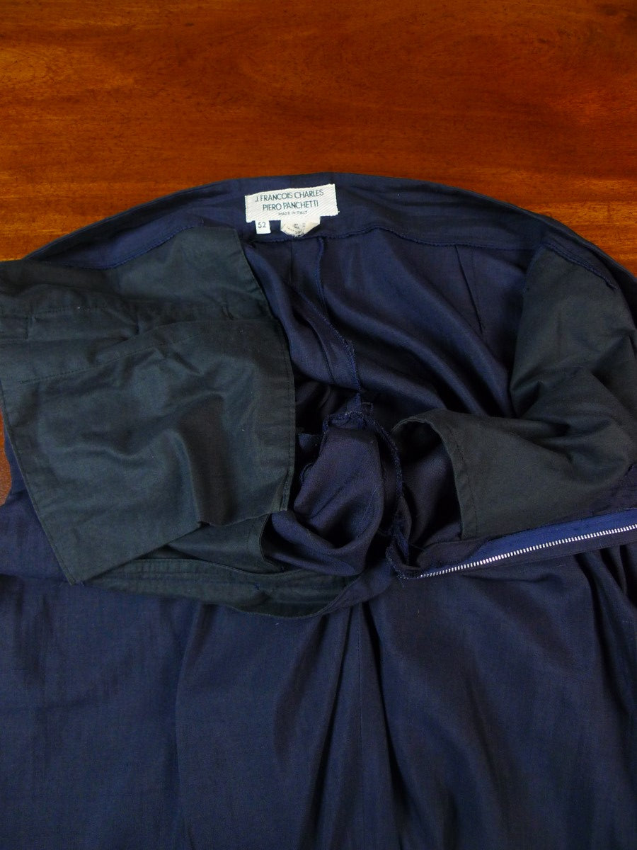 19/1680 vintage italian wool & 35% silk navy blue d/b suit (unstructured) 44 long
