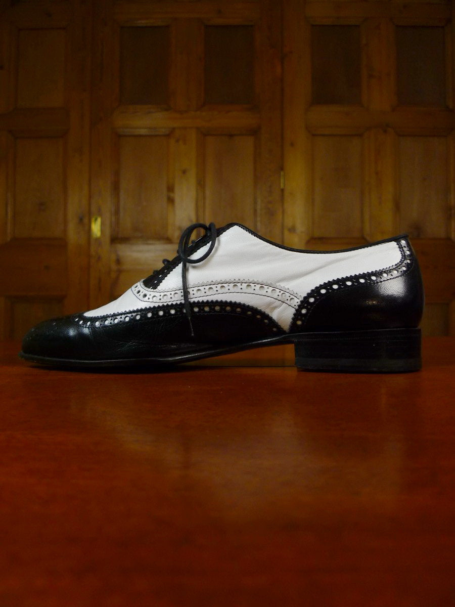 19/1698 immaculate italian made black & white leather spectator shoes uk 9