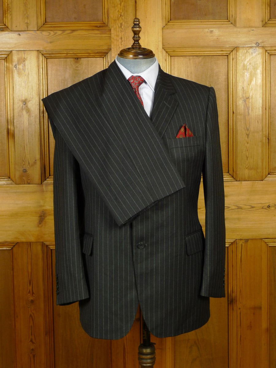 20/0005 vintage gieves & hawkes ready-made grey pin-stripe worsted suit 44 regular