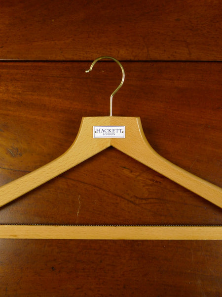 20/0099 immaculate hackett london wooden suit hanger