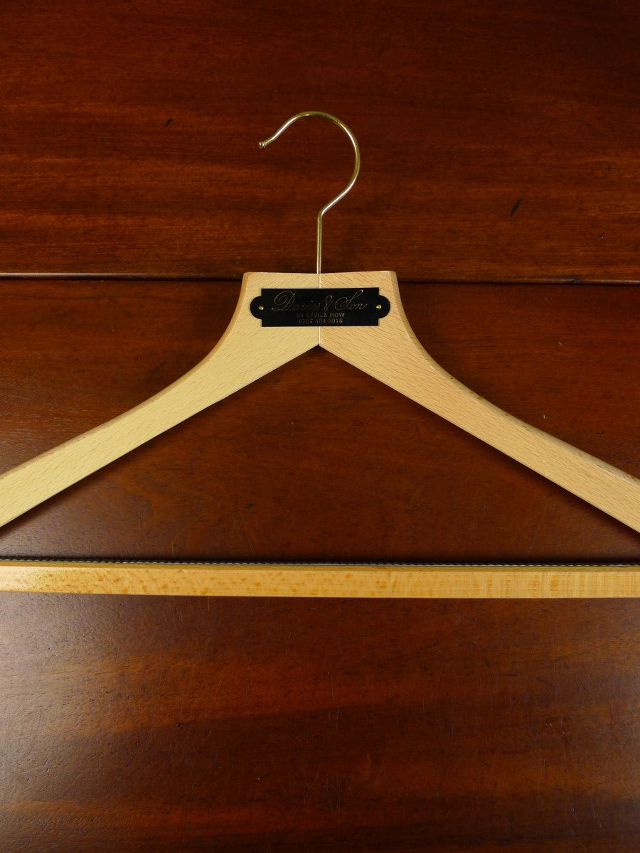 20/0100 immaculate davies & son savile row bespoke wooden suit hanger