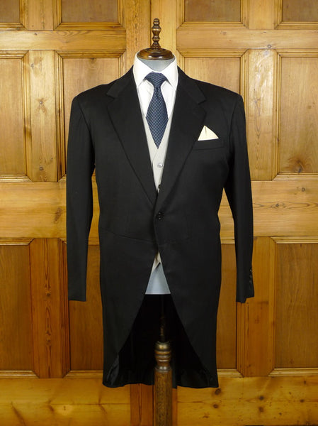 20/0116 immaculate anderson & sheppard savile row bespoke black fine wool morning coat 44 regular to long