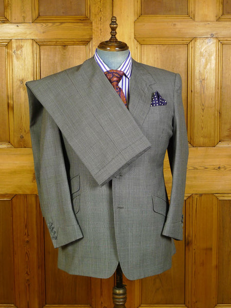 19/1733 adeney & boutroy savile row bespoke grey / lilac prince of wales check worsted suit w/ gauntlet cuff 43-44 short to regular