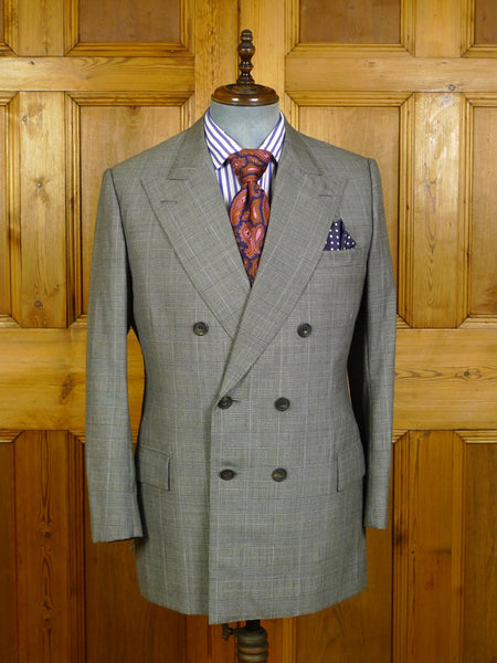 20/0163 near immaculate 2010 huntsman savile row bespoke grey / blue prince of wales check d/b worsted suit 41-42 regular