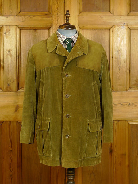 20/0270 superb vintage invertere 'the squire' green corduroy shooting jacket 44