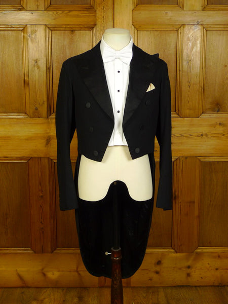 20/0351 near immaculate 1930s 1940s vintage canvassed black wool evening tailcoat 37 regular to long