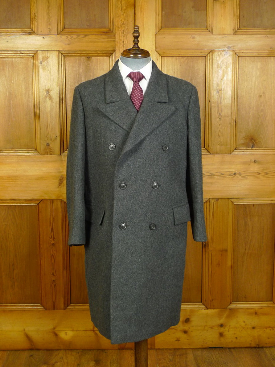 20/0352 immaculate bespoke tailored extra heavyweight grey wool d/b overcoat coat 41-43 short
