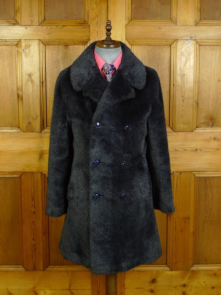 20/0381 wonderful 1960s 1970s vintage british blue faux fur d/b overcoat 38-39