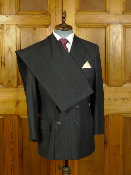 20/0490 immaculate 1993 henry poole savile row bespoke grey pin-stripe d/b worsted suit 40 short