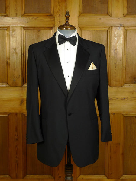 20/0503 immaculate 1990 burberrys custom tailored black mohair dinner jacket w/ silk facings 42-43 regular to long