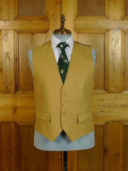 20/0528 immaculate vintage british tan brown doeskin wool waistcoat 43 regular