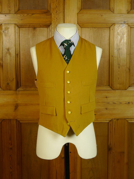 20/0538 exceptional 1950s 1960s vintage reversible country waistcoat 37-38 short