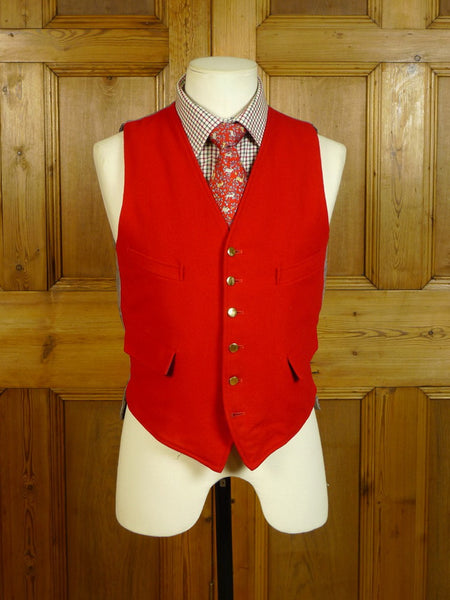 20/0539 immaculate 1950s 1960s vintage red doeskin wool country waistcoat w/ brass buttons 36 short