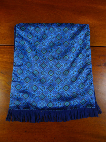 20/0957 immaculate vintage tootal blue geometric pattern tricel / wool scarf