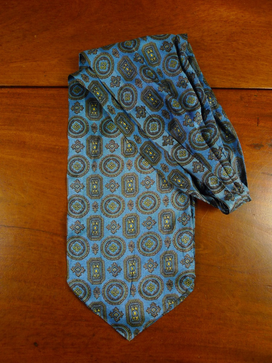 20/0571 immaculate vintage blue rayon cravat