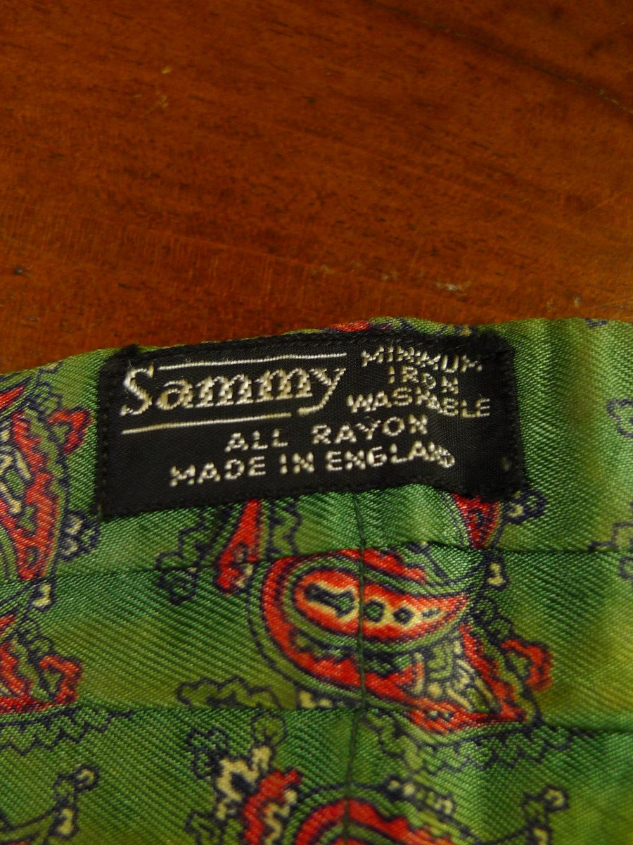 20/0582 immaculate vintage green sammy paisley rayon cravat