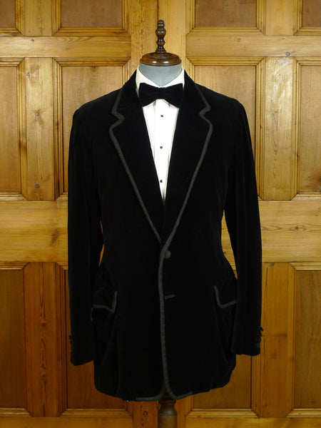 20/0596 vintage genuine silk velvet black dinner / smoking jacket 41 extra long