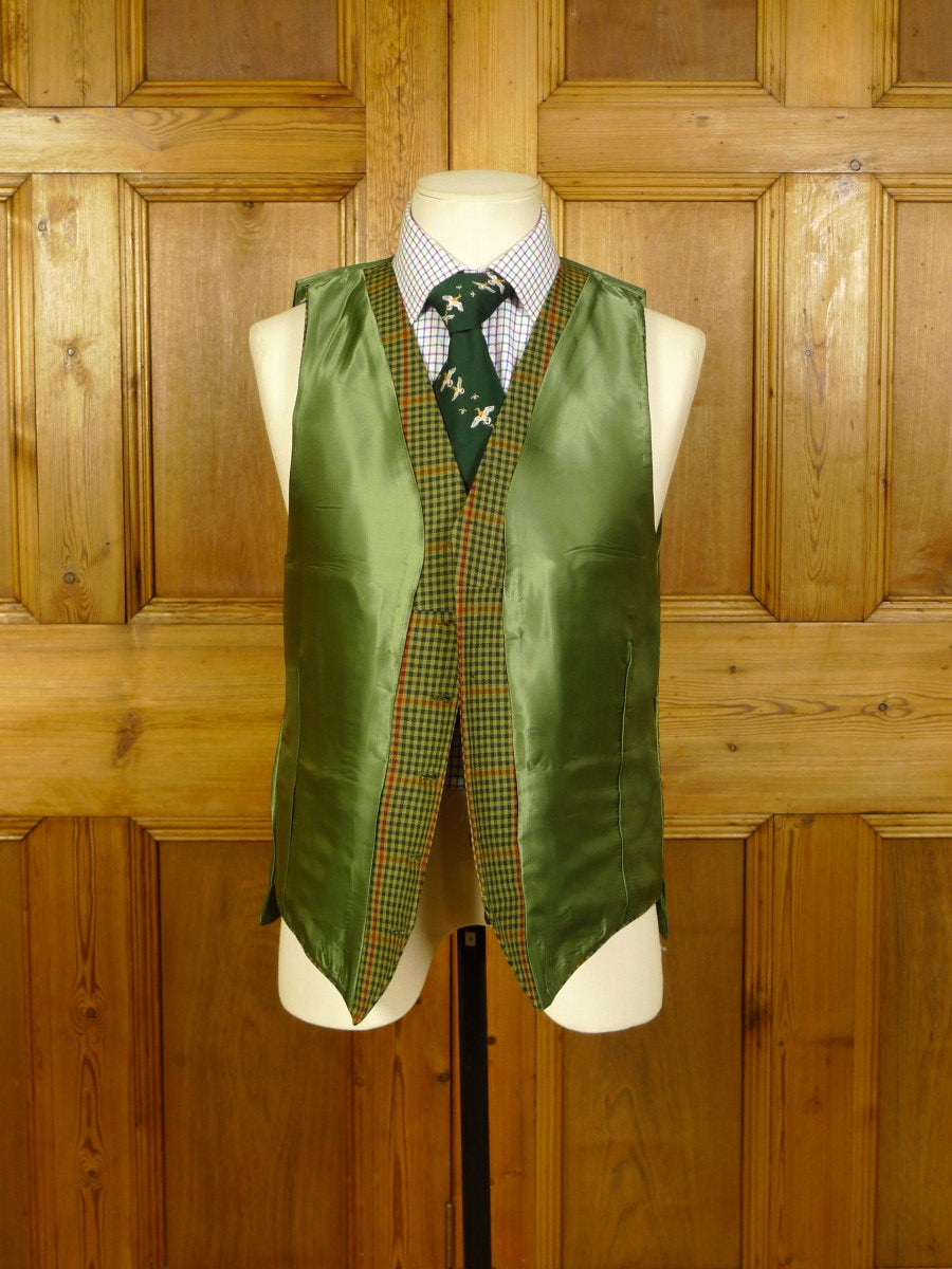 20/0749 immaculate bespoke tailored gun check 3-piece country suit 40 short