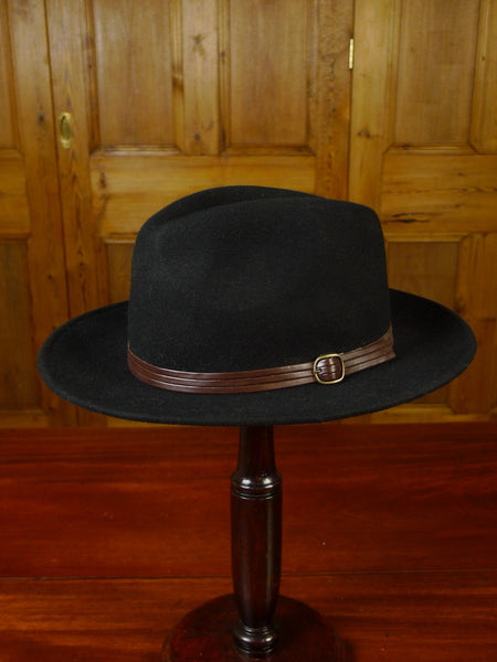 20/0762 vintage dents black felt fedora hat 56 cms