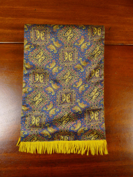 20/0950 immaculate vintage sammy gold bronze paisley pattern tricel / wool scarf