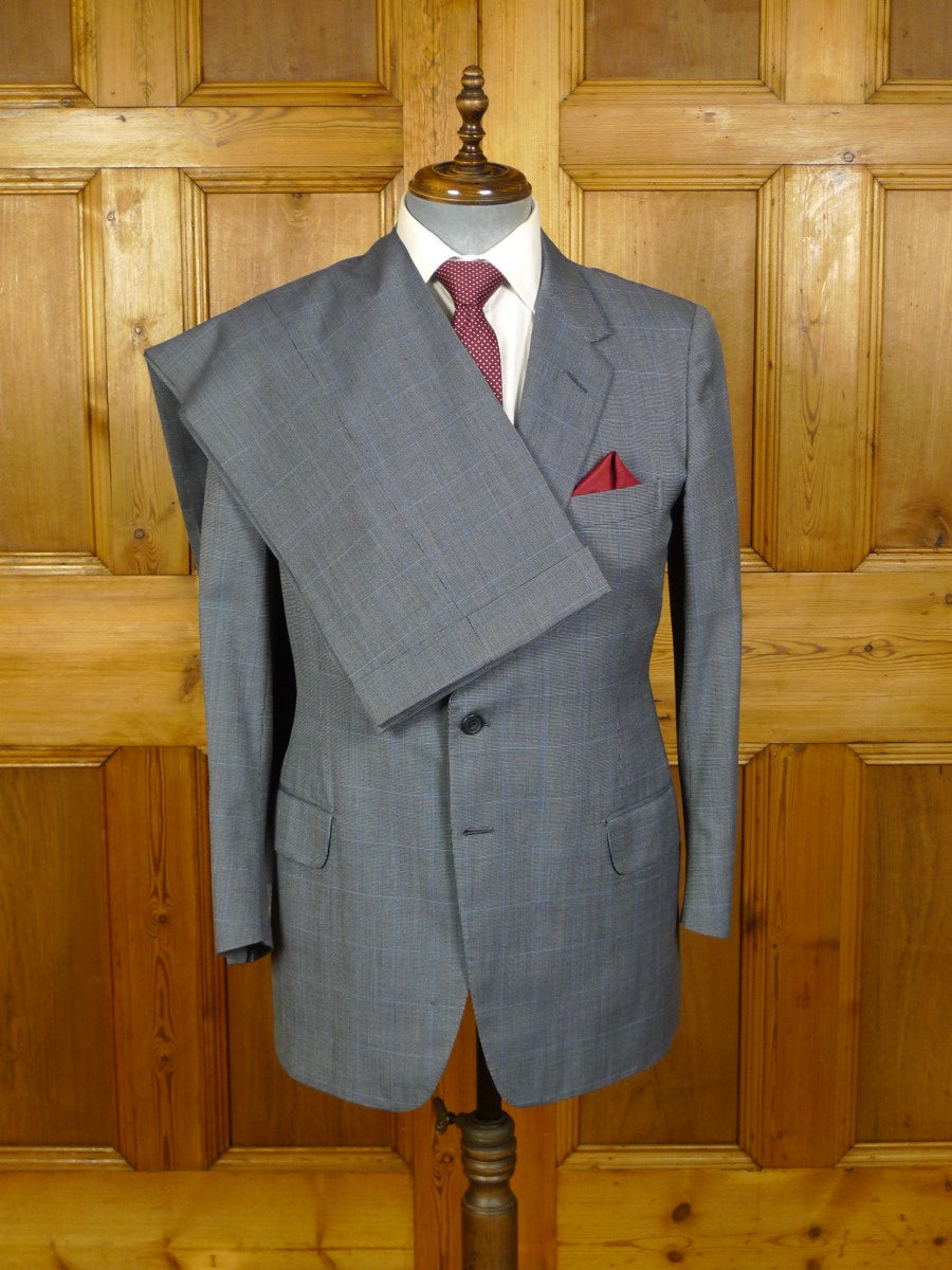 20/0830 immaculate 1985 johns & pegg savile row bespoke grey / blue windowpane check worsted suit 39-40 regular